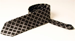 Krawatte mit weißen Rauten