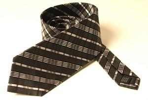 Krawatte schwarz-weiß gestreift